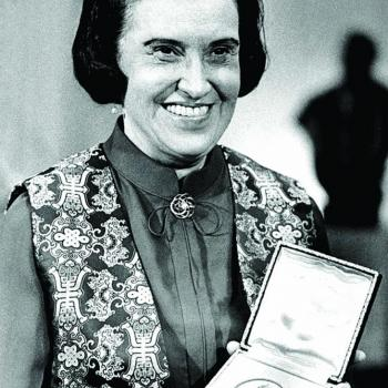 Rosalyn Yalow pictured